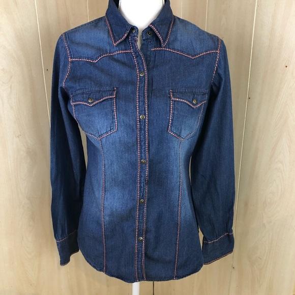 dc4e72e513e Ladies Roper Brand Chambray Jean Snap Shirt Small.  M 5c3a46038ad2f9e0e067dece